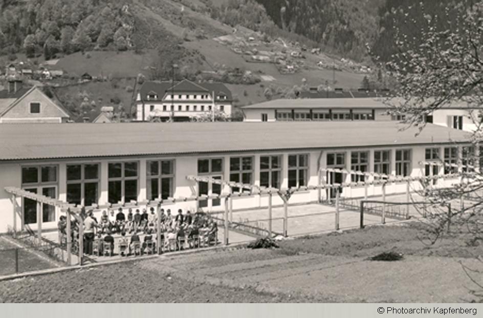 Bauwerk Volksschule Und Kindergarten Kapfenberg Diemlach